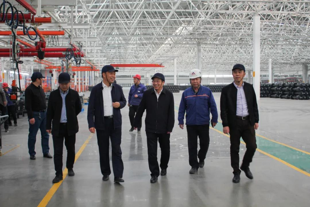 Yue Zengcai,General Manager of Shuyue Industrial Park of Liangshan,was invited to visit Fengbao Heavy Science and Technology for exchange